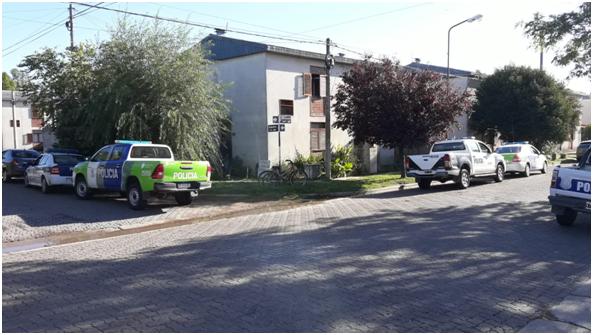 Allanaron dos viviendas en Pigüé y detuvieron dos hombres y una mujer por venta de droga