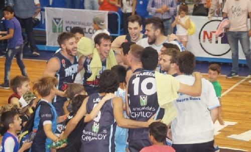 Basquet Federal - De Pietro goleador del cotejo en el que Racing venció a Belgrano de San Nicolas.