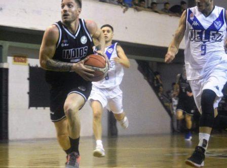 Basquet Federal - Descollante actuación de De Pietro, metió 34 puntos ante Vélez.