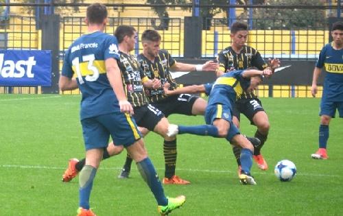 Afa - Reserva - Olimpo cayó ante Boca Juniors como visitante - Nicolas Cabral presente en la defensa aurinegra.